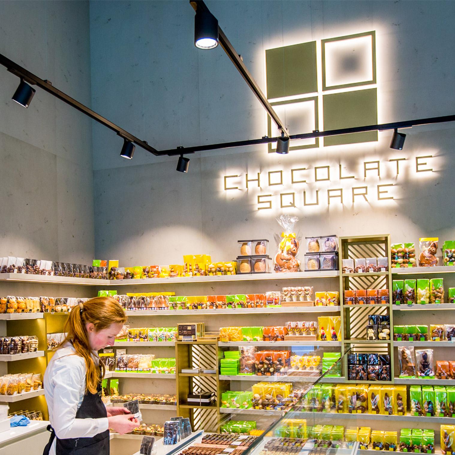 10-ChocolateSquare-08b